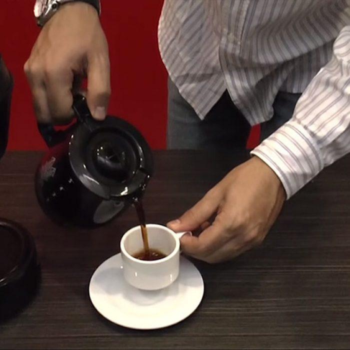 Café sobre todas las cosas